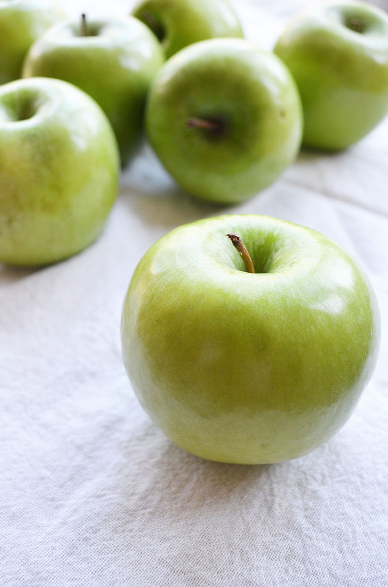 Granny Smith Apples | Sprig and Flours