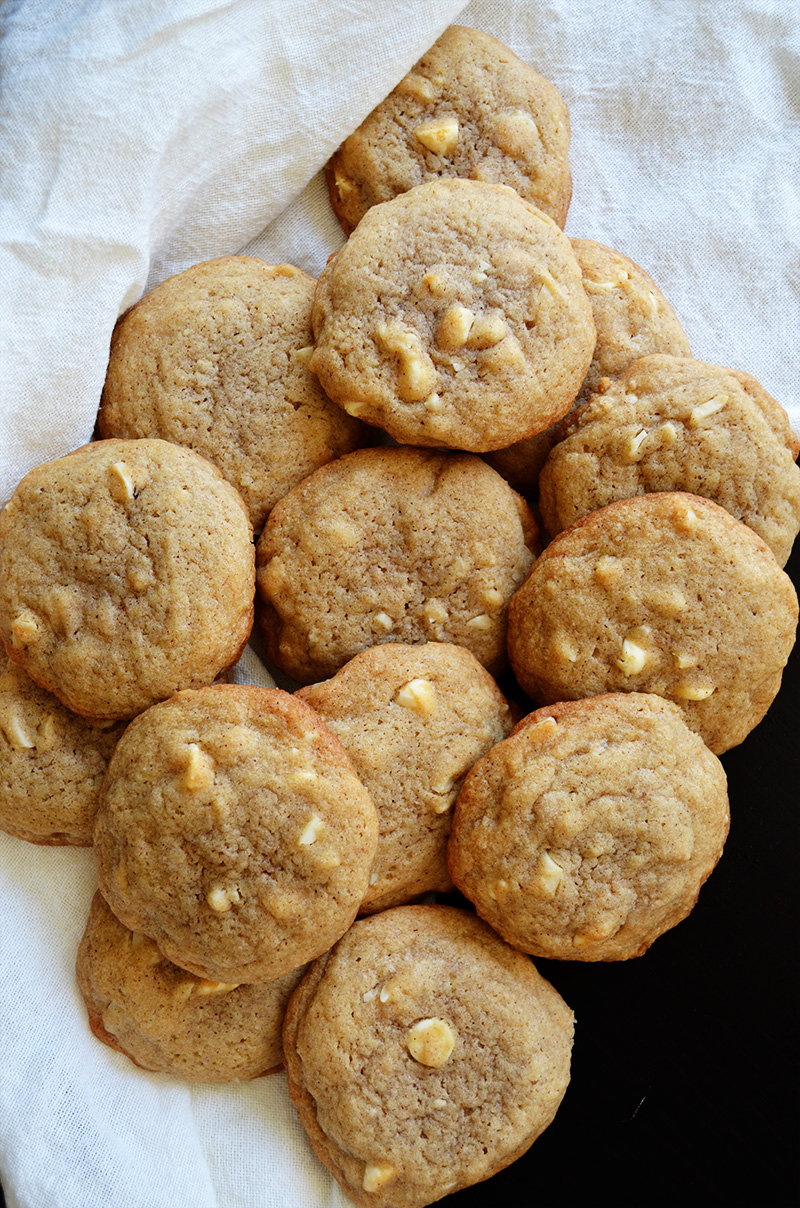 Cinnamon White Chocolate Chip Cookies | Sprig and Flours