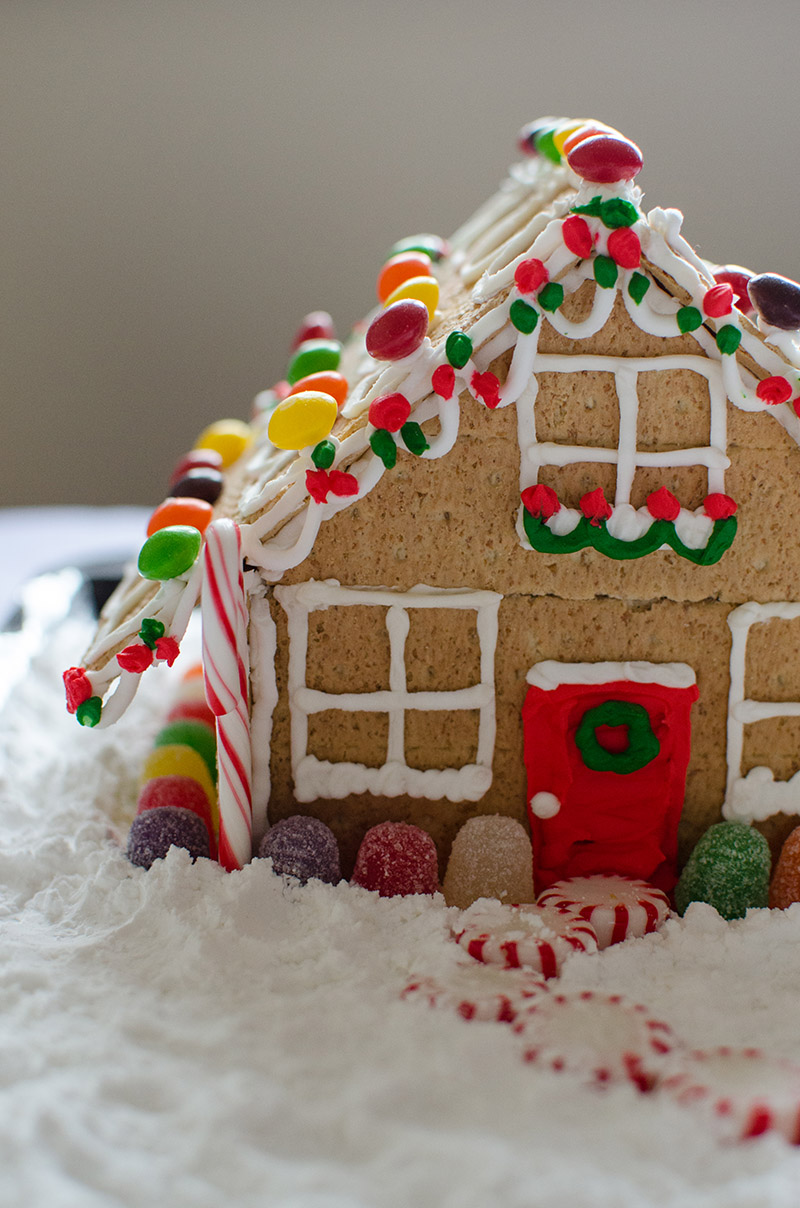 Gingerbread Houses | Sprig and Flours