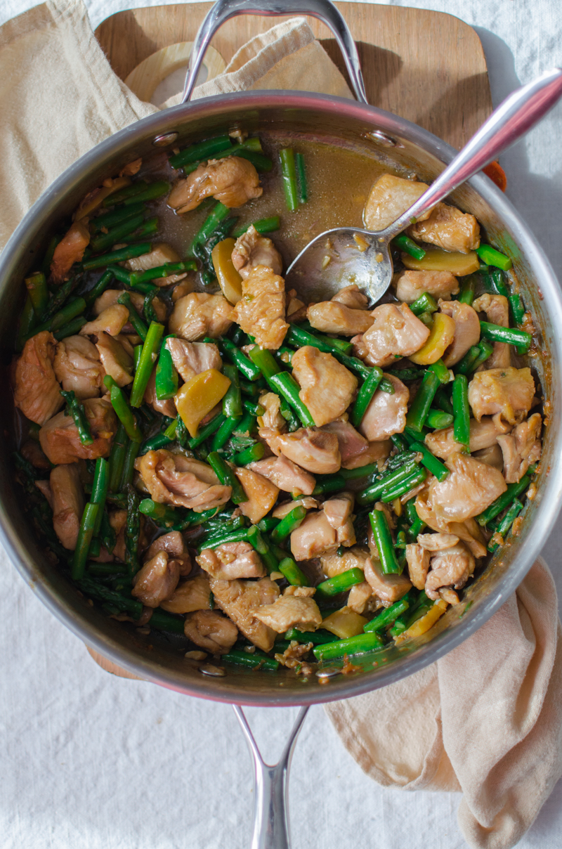 Garlic Ginger Chicken and Asparagus | Sprig and Flours